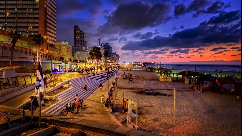 האם כדאי לגדל ילדים בתל אביב?