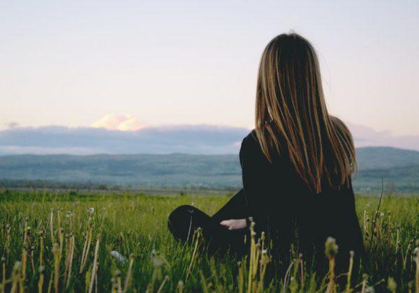 קחו נשימה: דרכים להירגע מימי עבודה לחוצים במיוחד